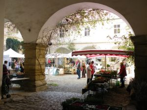 Ostermarkt im Barockschloss Zeilitzheim