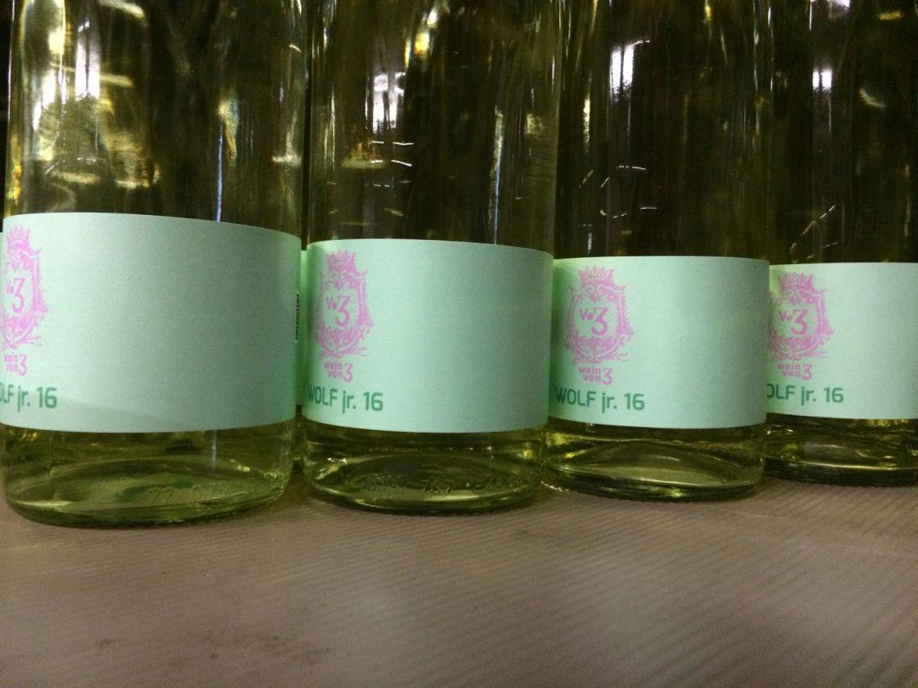 Wein von 3 Wolf jr. Keller Stammheim